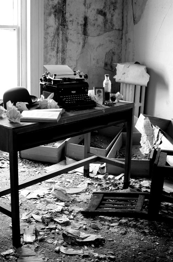 the-ghost-writer-room-143-nyla-alisia