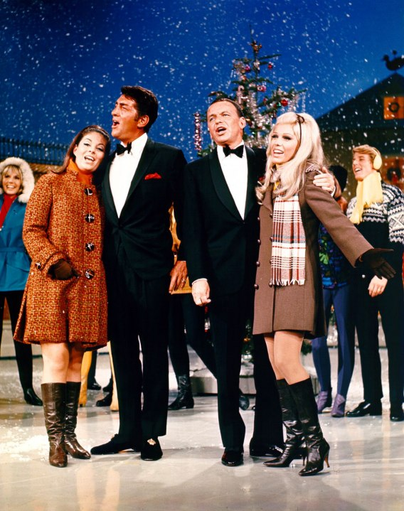 dean-martin-and-frank-sinatra-christmast-with-daughters